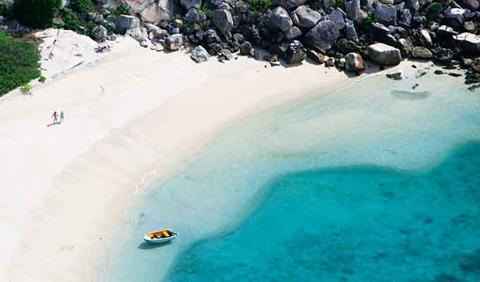 The white sand beaches of Lizard Island